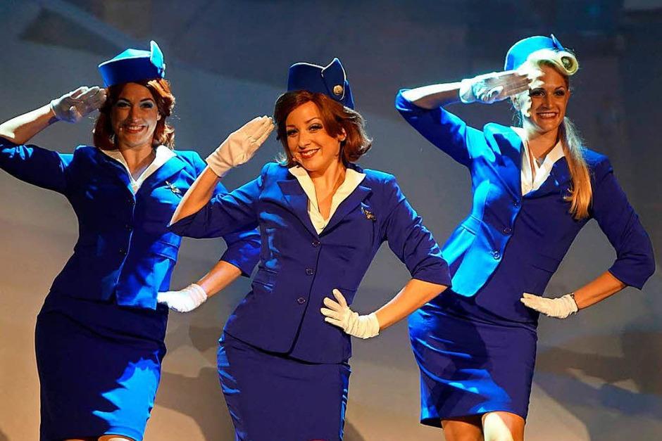 "Turbulenter Flug: Das Musical ""Happy Landing"" im Gloria-Theater (Foto: Roswitha Frey)"