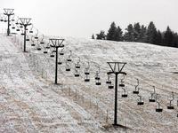 Feldberg in spärlichem Weiß: Zählt das schon als Schnee?