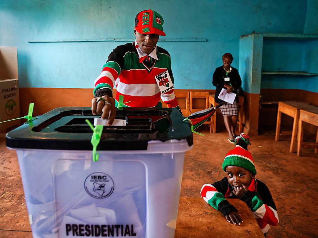 Kenyatta gewinnt umstrittene Neuwahl