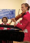 """Schweizer Duo """"Les Papillons"""" überzeugt im Rheinfelder Haus Salmegg"""