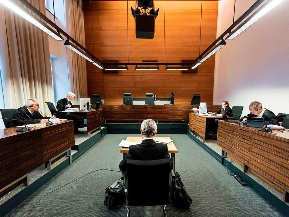 Ursula Wittwer-Backofen, Gutachterin f...g über einen Zahn des Angeklagten aus.    Foto: dpa