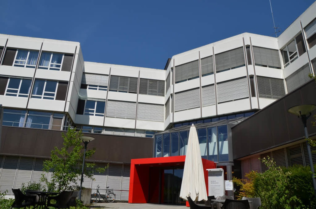 Das Spital Bad Säckingen wird geschlossen. Das hat der Kreistag beschlossen.  | Foto: Sarah Trinler