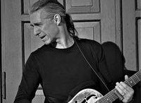 """Bluesgitarrist Ralph Brauner stellt in Steinen seine neue CD """"Moving Forward"""" vor"""