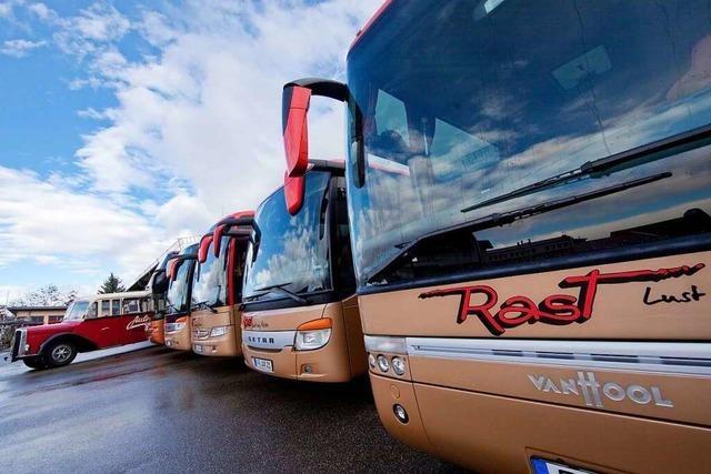 Unkompliziert um die Welt – Rast Busreisen bringt Menschen ans Ziel