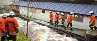 Feuerwehr kämpft gegen Wassermassen