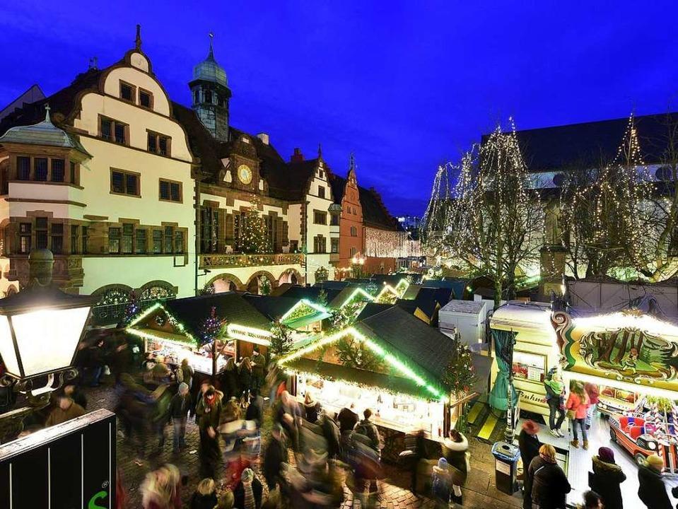 Der Freiburger Weihnachtsmarkt am 27. November öffnet eine Stunde früher.  | Foto: Thomas Kunz