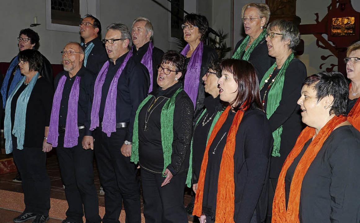 Die Gospel Singers Rheinhausen begeist...zertabenden in Kappel und Oberhausen.   | Foto: Christel Hülter-Hassler