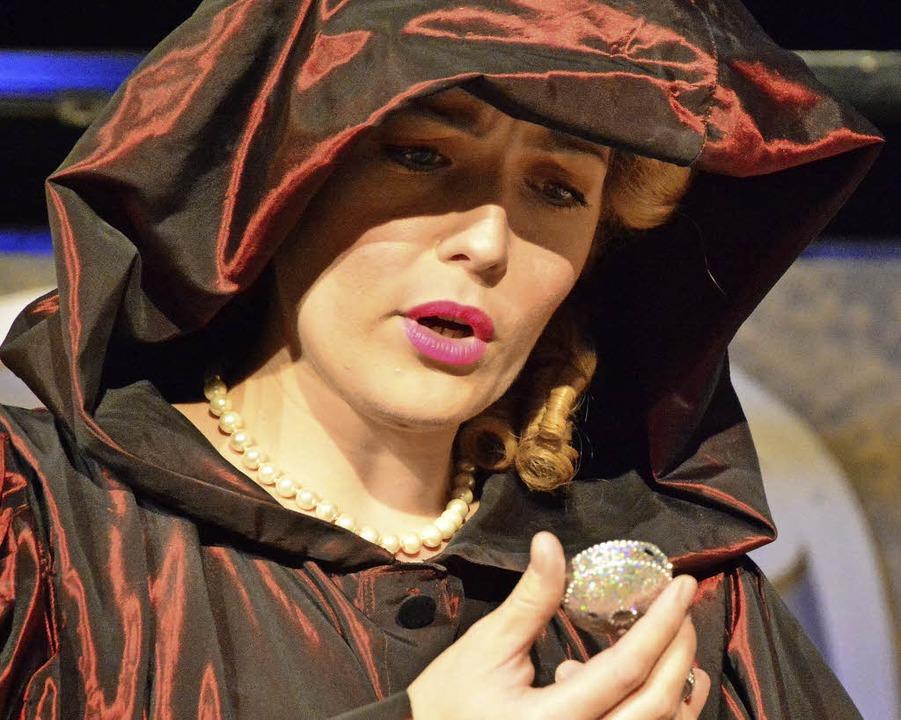 Katja Schmuck als Beatrice  | Foto: Barbara Ruda