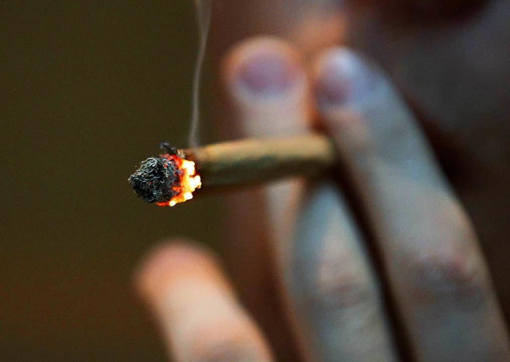 Marihuana-Joint (Symbolbild)  | Foto: dpa
