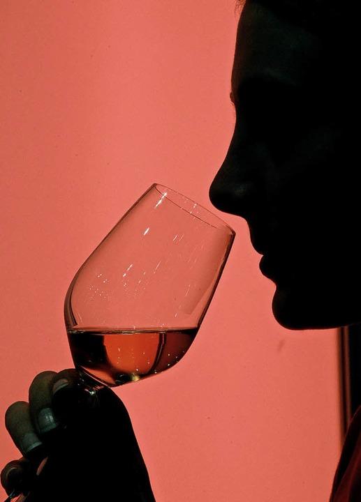 Ein bis zwei Gläser Wein reduzieren la...ahr, einen Schlaganfall zu bekommen.      Foto: DPA