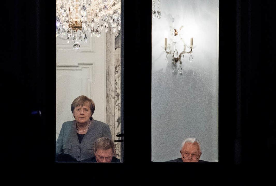Sondieren gerade: Bundeskanzlerin Ange...ender FDP-Bundesvorsitzender (links).     Foto: dpa