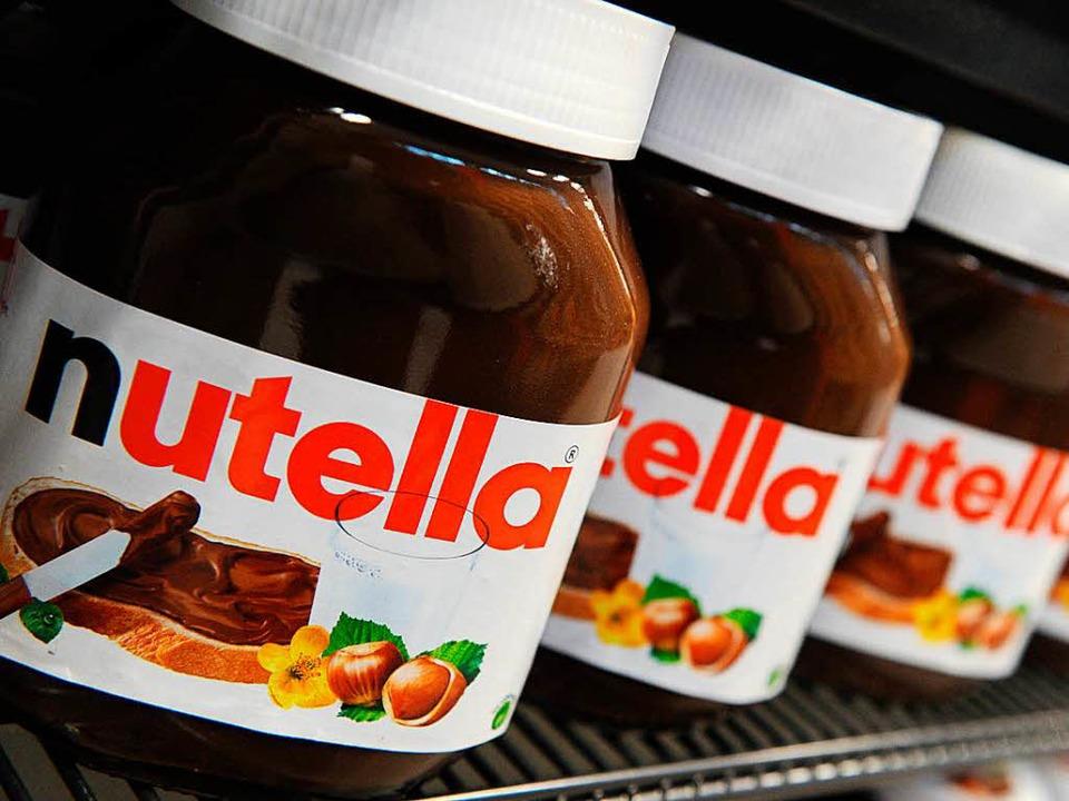 Gehört bei vielen zum Frühstückstisch: Nutella  | Foto: DPA