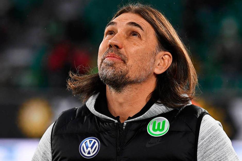 Göttlicher Beistand? Martin Schmidt vom VfL Wolfsburg wollte nach sieben Remis in Folge gewinnen. (Foto: dpa)