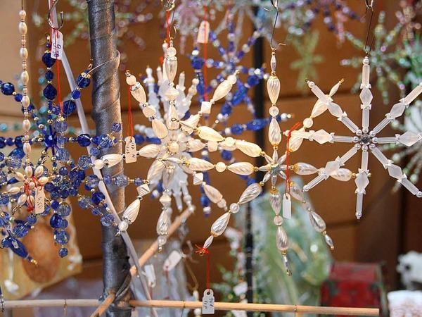 Es weihnachtet gar sehr, wie sich unübersehbar beim 27. Kunsthandwerkermarkt im Kurhaus zeigte.