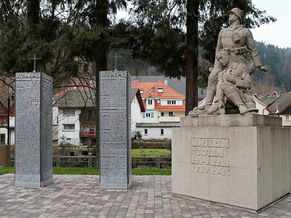 Das umstrittene Kriegerdenkmal in Oppenau  | Foto: Christoph Breithaupt