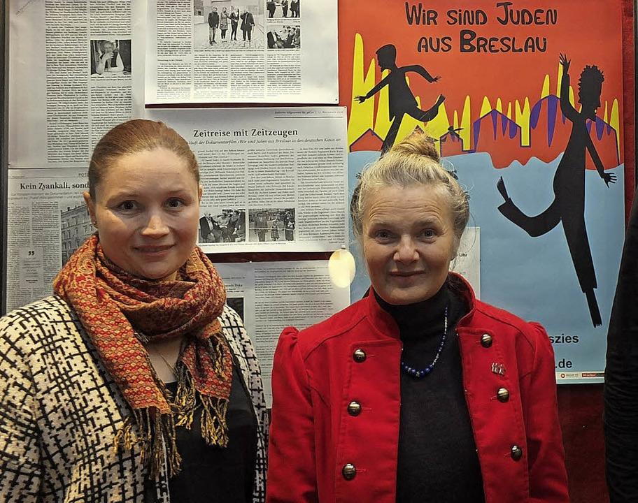 Anna Schillinger (links), Chancengleic...urin Karin Kaper nach Lörrach geholt.   | Foto: Martina David-Wenk