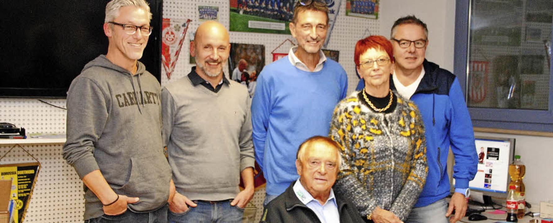 Der geschäftsführende Vorstand des SV ...Elisabeth Kellringer und Bernd Grether  | Foto: SEDLAK