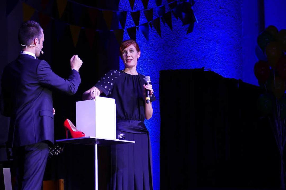 Magic Man mit der Komponistin Olga Noskova-Beck.  | Foto: Sylvia Sredniawa