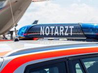 Rollerfahrer prallt in Emmendingen gegen geparkten Anhänger und stirbt