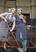 Das Ohnsorg-Theater gastiert mit Tratsch im Treppenhaus in Lahr