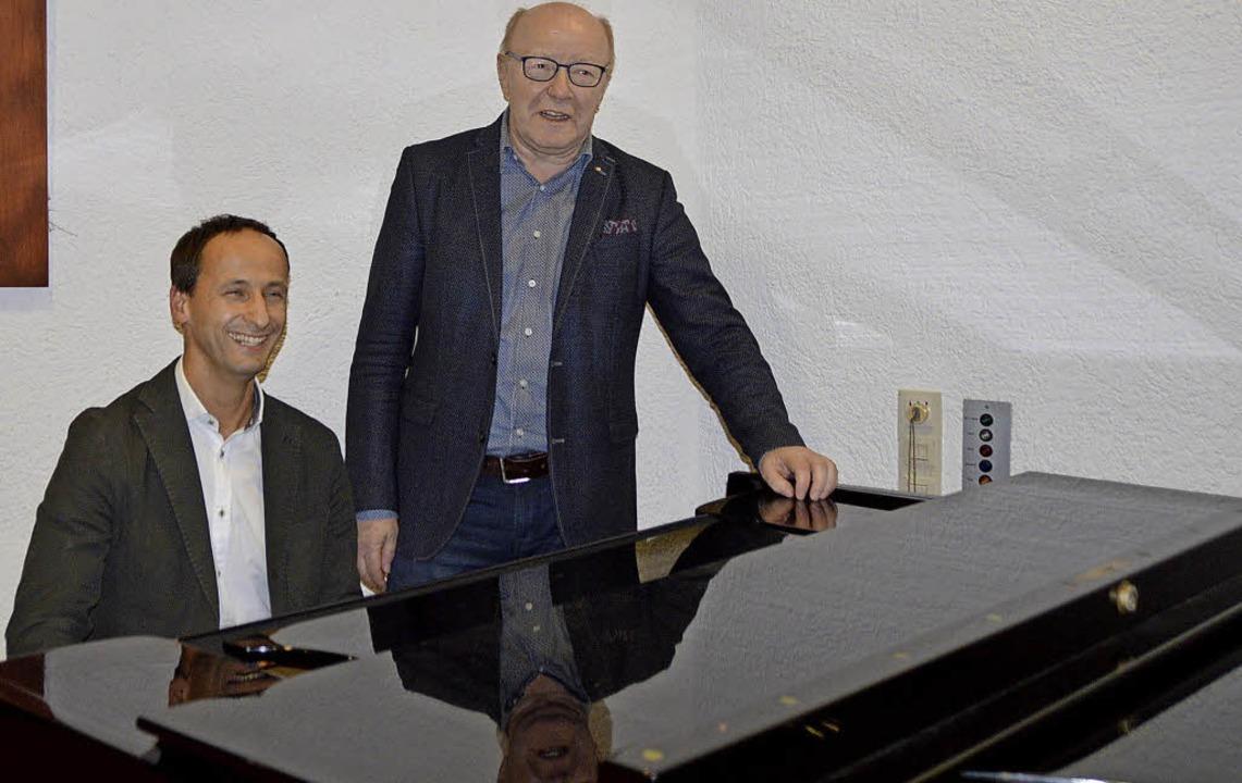 Gestalten den Übergang fließend: Bernward Braun (links) und Norbert Dietrich   | Foto: Horatio Gollin