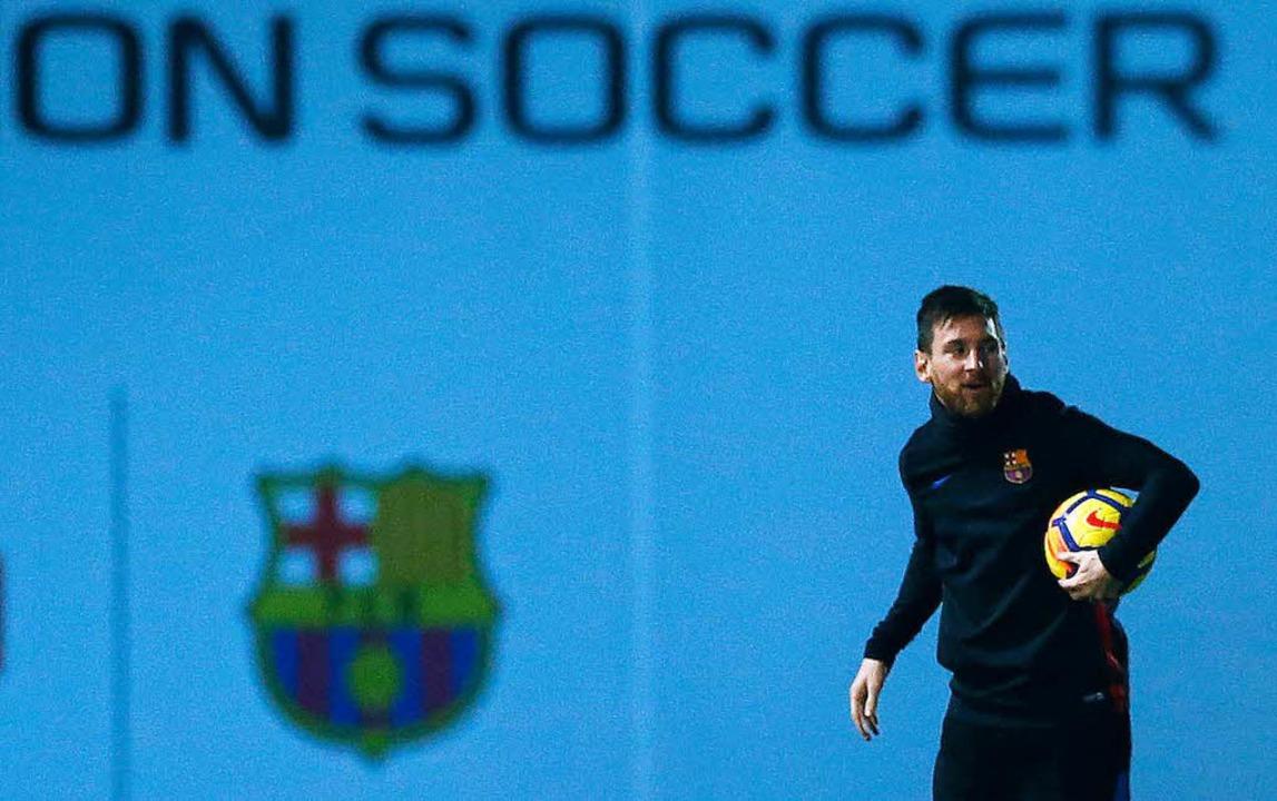 Bleibt beim FC Barcelona: Lionel Messi.  | Foto: dpa