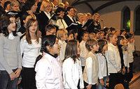 Drei Schulchören der Rosenburgschule und Sponti-Chor zu Gast in Müllheim