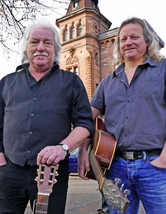 Jeannot (links) und Christian Weißenbe...haben Zeit, sich der Musik zu widmen.   | Foto: André Hönig