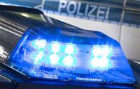 Zwei Männer überfallen Mitarbeiterin eines Nagelstudios in Denzlingen