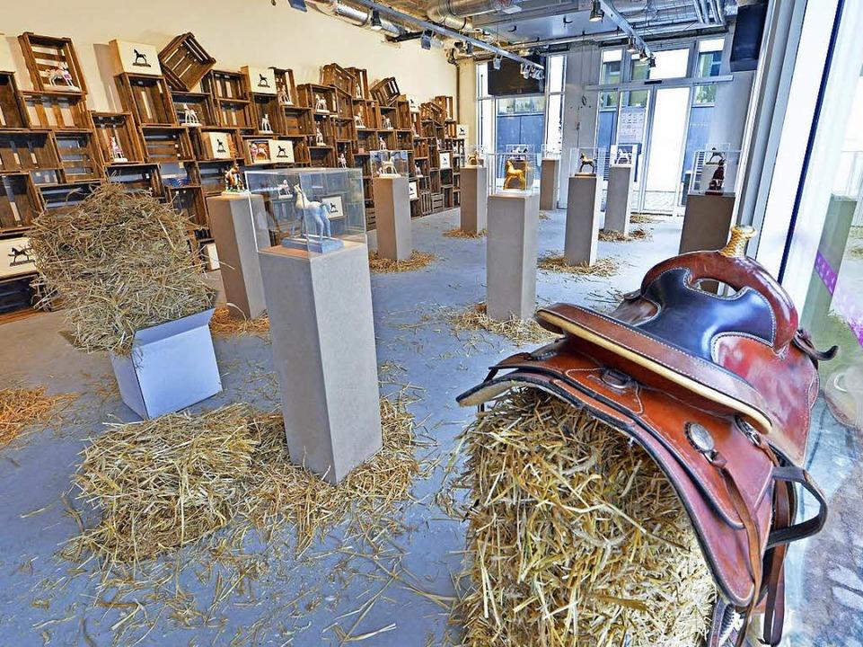 Der Laden auf Zeit hat als Pferdehande...onderen Art bis Mitte Januar geöffnet.  | Foto: Michael Bamberger