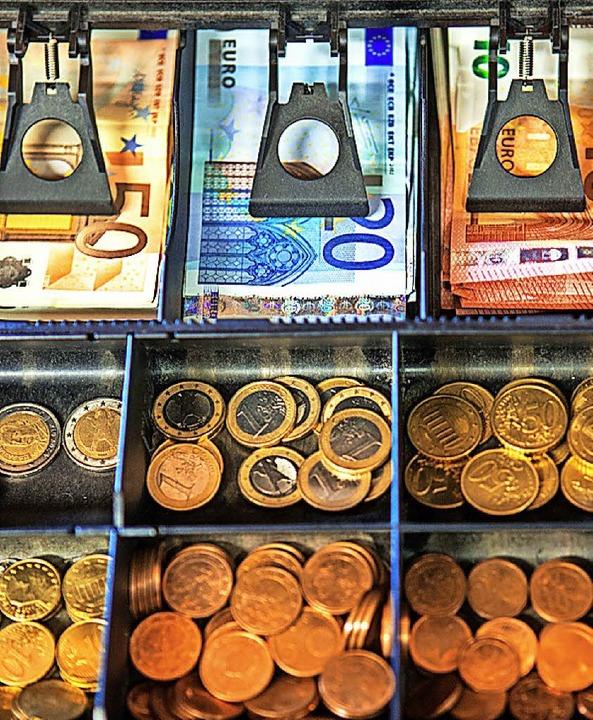 Wenn die Kasse stimmt, lässt sich's gut investieren.   | Foto: dpa