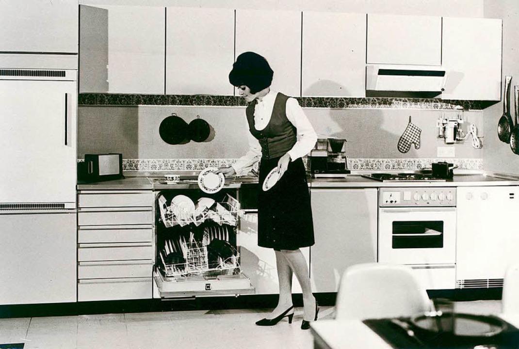 Schon in den 60er Jahren eroberten Spülmaschinen die deutschen Haushalte.  | Foto: AMK