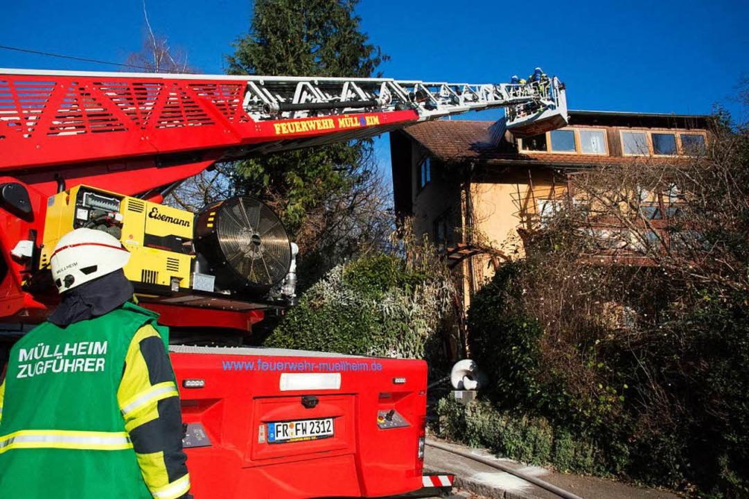 Glück hatte der Eigentümer eines Wohnh...ügig in Mitleidenschaft gezogen wurde.  | Foto: Volker Münch