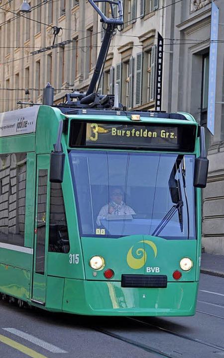 Bisher endet die Tramlinie 3 an der Haltestelle Burgfelden Grenze.   | Foto: Daniel Gramespacher