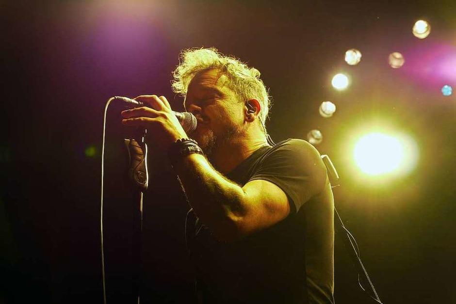 Sänger Glynn Morgan ersetzt erst seit Kurzem den überraschenderweise ausgestiegenen Damian Wilson. (Foto: David Weigend)