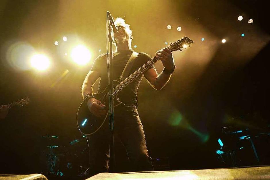 Morgan greift bei einigen Songs auch zur Gitarre. (Foto: David Weigend)