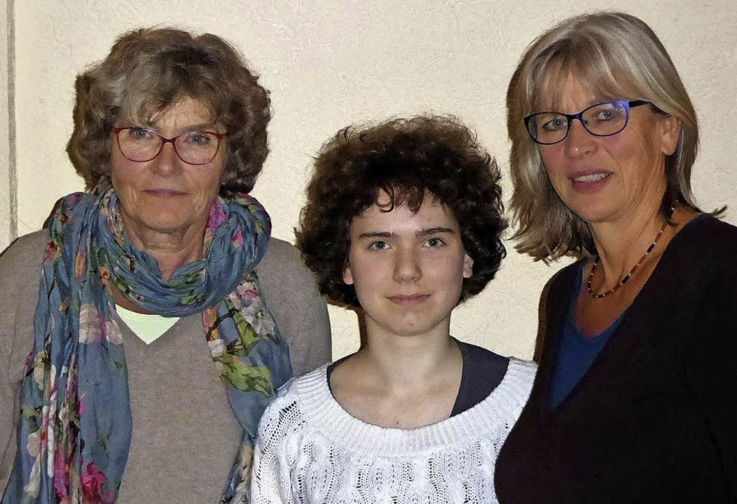 Das neue Vorstandstrio der Denzlinger ... Tonojan und Silke Höfflin (von links)  | Foto: Privat