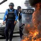 Krawalle und Plünderungen in Honduras