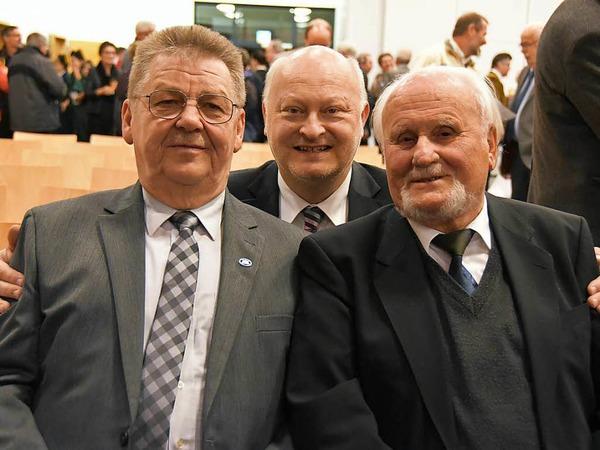 Viele Gäste feierten im Gallushaus mit den zwei neuen Ehrenbürgern.