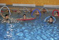 Gymnastik im Wasser