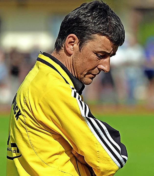 Achterbahnfahrt im Fußball muss nicht sein: Hölzlebrucks Trainer Andreas Binder  | Foto: W. Scheu