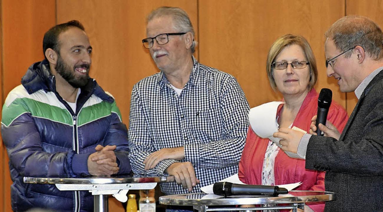 Von links nach rechts: Roberto Leanza ... Schwierigkeiten bei der Arbeitsuche.   | Foto: Agentur für Arbeit