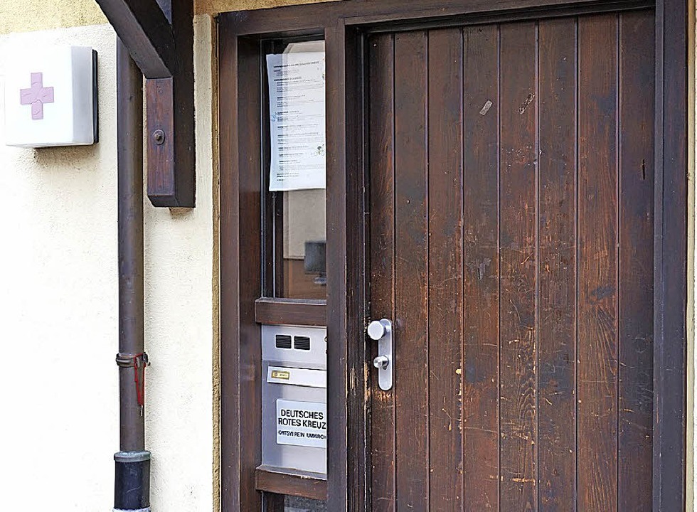 Die Tür zum DRK-Raum in Umkirch  | Foto: Julius Wilhelm Steckmeister