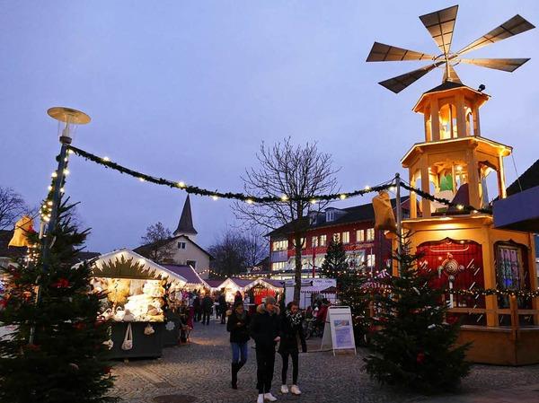 Impressionen vom Weihnachtsmarkt in Bad Krozingen auf dem Lammplatz