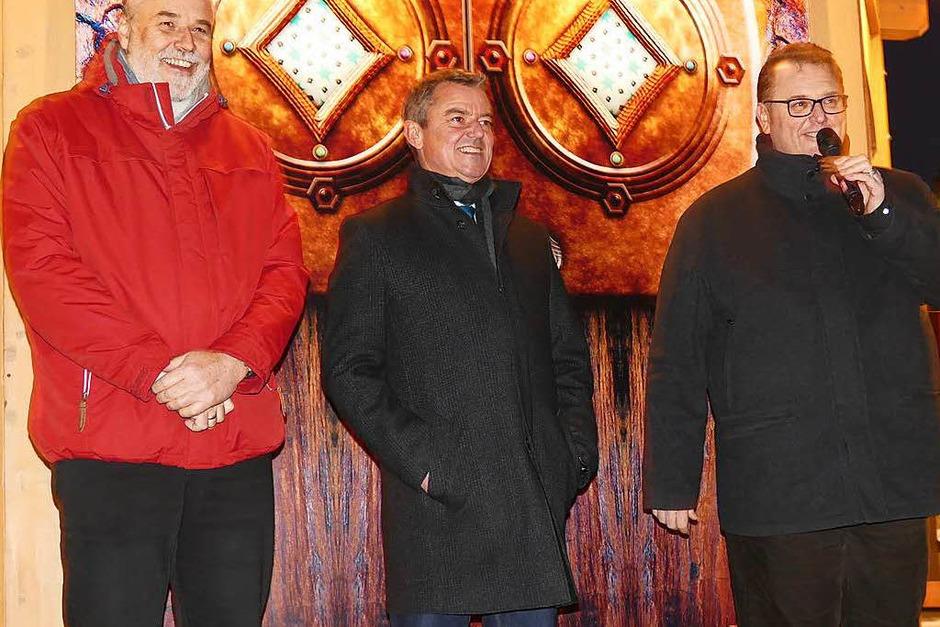 Bei der Eröffnung (von links): Markus Matz von der Kur und Bäder GmbH, Bad Krozingens Bürgermeister Volker Kieber und Gewerbeverbandsvorsitzender Peter Lob (Foto: Hans-Peter Müller)
