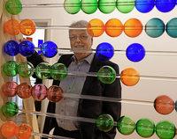 Experimentierfreudiger Meister im Medium Glas