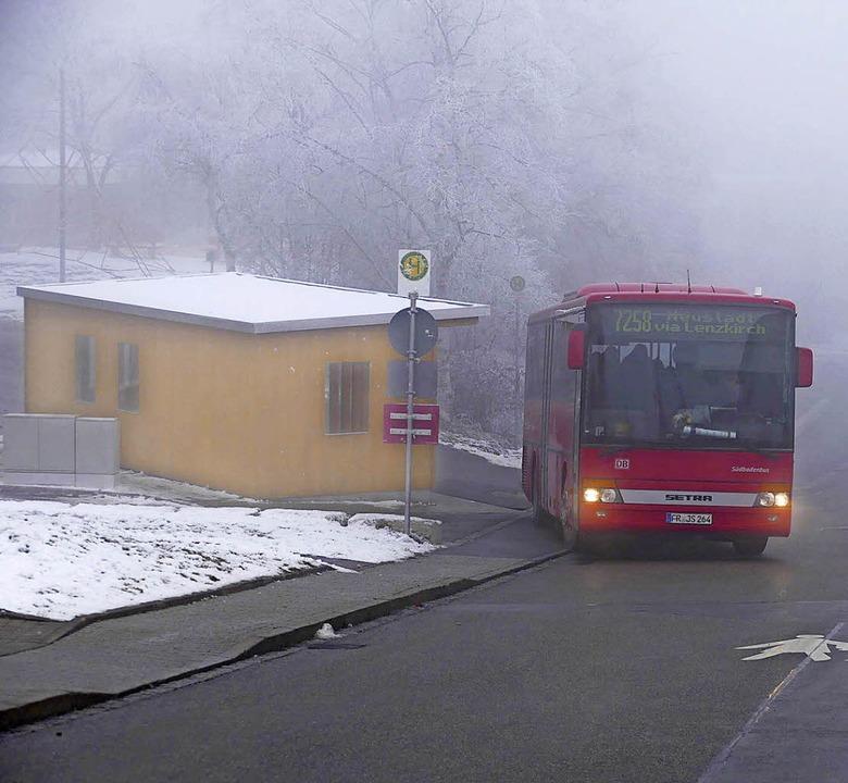 Am kommenden Montag tritt das neue Bus...hof in der Schwimmbadstraße anfahren.   | Foto: Kühnemund