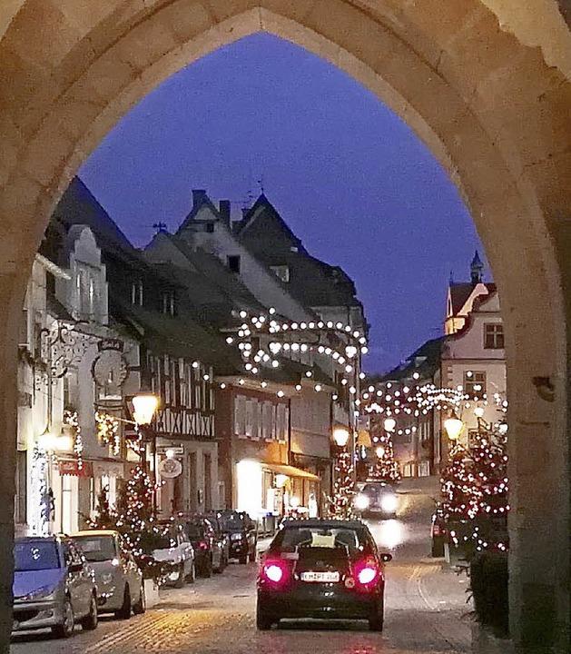 Adventlicher Glanz in der Endinger Innenstadt.   | Foto: Archivfoto: BZ