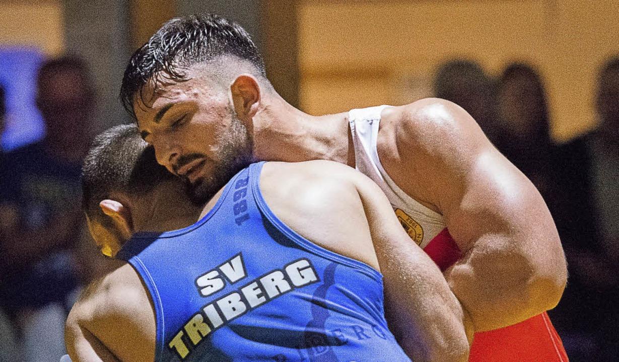 Entspannt ins Viertelfinale? Ein bissc...rian Güney die Muskeln noch anspannen.  | Foto: vfma