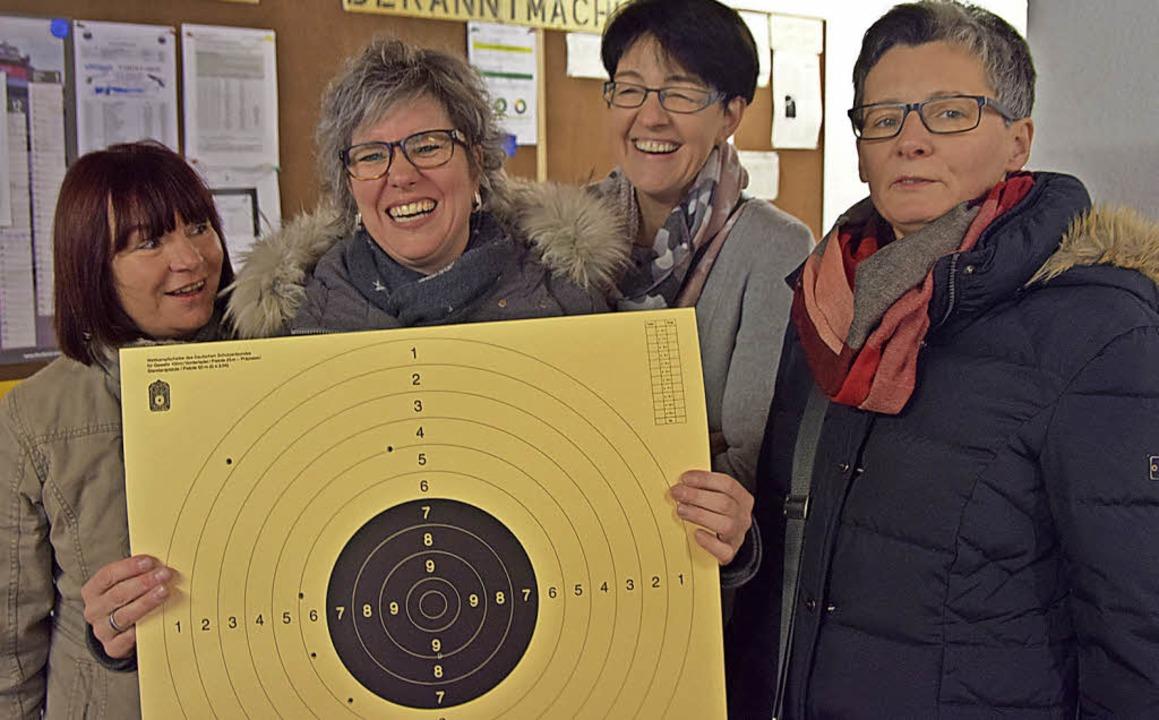 Margitta Kappeler, Monika Walz und Tan...rtung der Frauen für sich entschieden.  | Foto: Beatrice Ehrlich